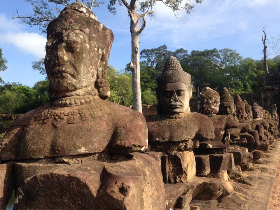 Angkor Wat ปราสาทนครวัด นครธม ปราสาทบายน ปราสาทตาพรหม ปราสาทบันทายสรี สิ่งมหัศจรรย์ของโลก