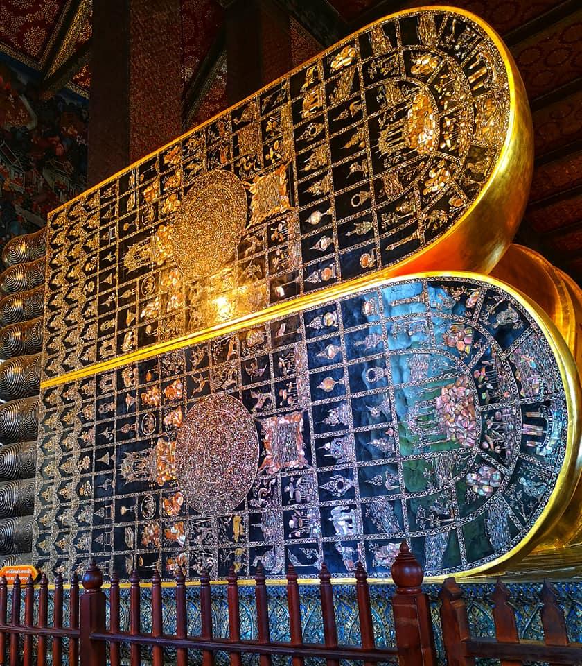 มงคล 108 ประการในรอยพระบาทพระพุทธไสยาสน์
