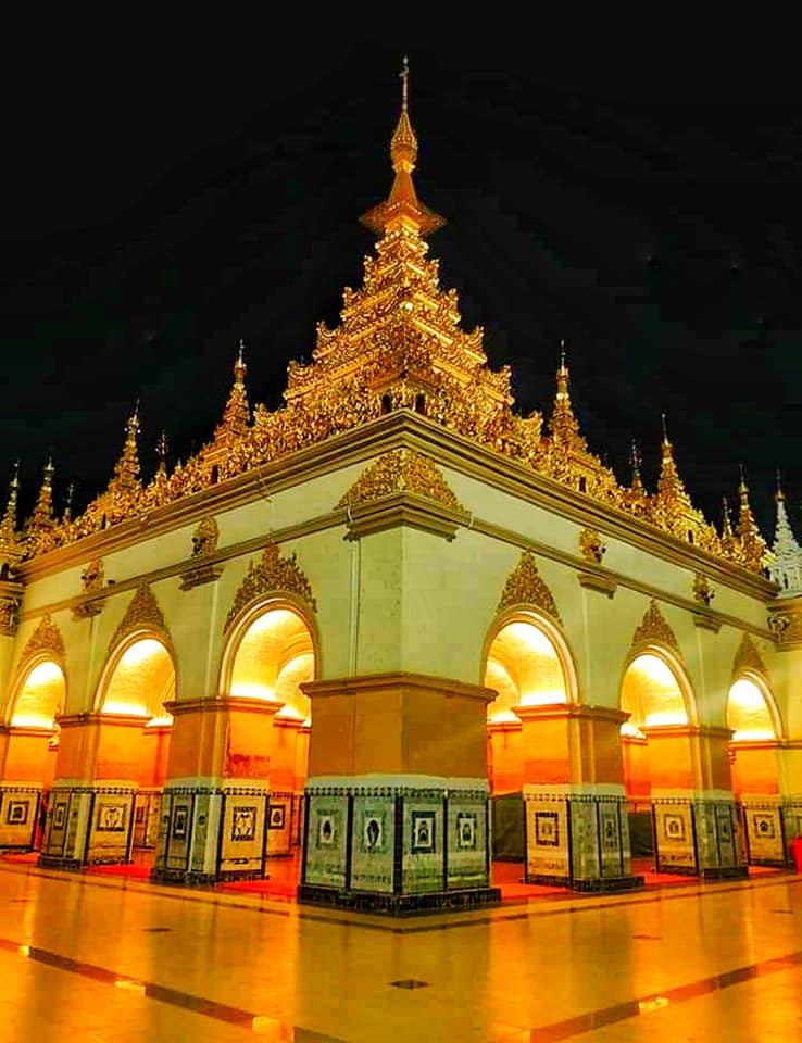 วัดพระมหามัยมุนี เมืองมัณฑะเลย์ ประเทศพม่า