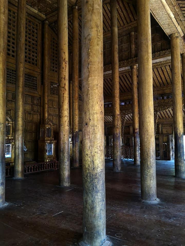 อาคารสร้างด้วยไม้สักทอง วัดชเวนันดอร์ (Shwenandaw Monastery)