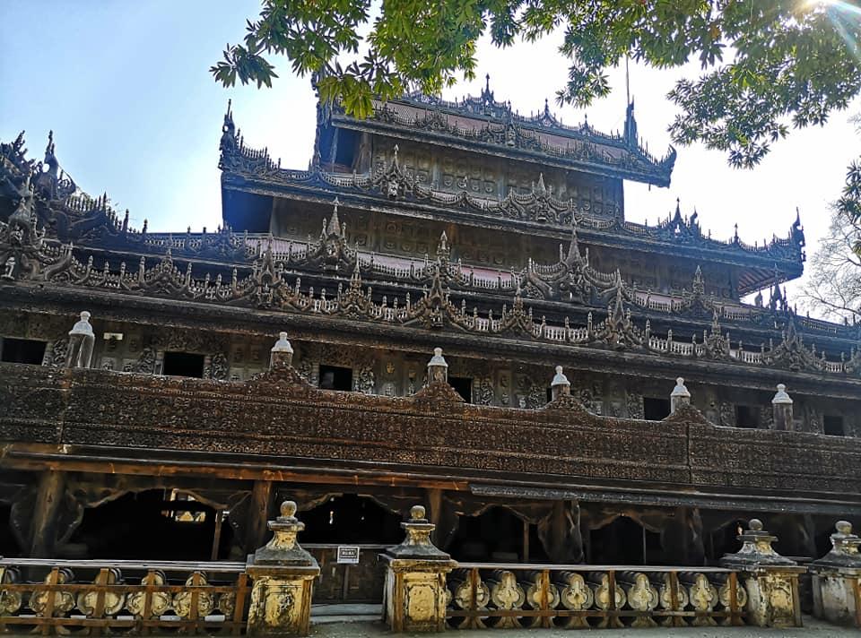วัดชเวนันดอร์ (Shwenandaw Monastery)