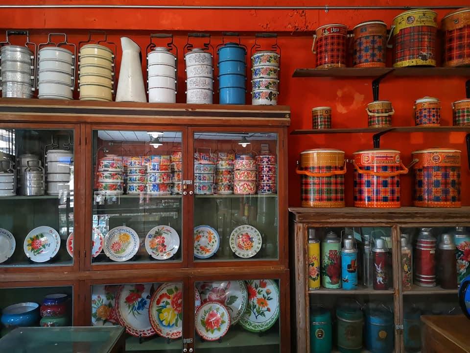 ร้านจำลองข้าวของเครื่องใช้ในยุดอดีต